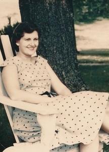 Gloria August 1954