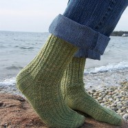Jane's Hedgerow Socks {free}